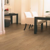quick-step-classic-natural-varnished-oak-lifestyle