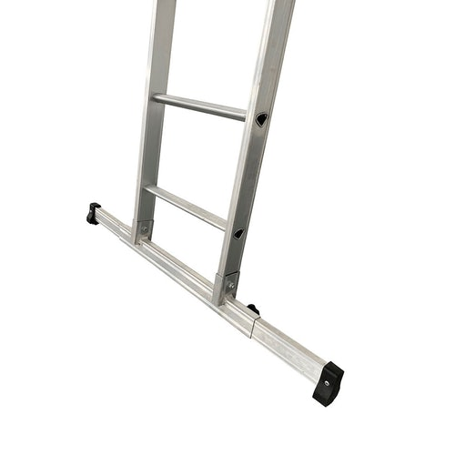 Hymer Aluminium D Rungs D MAX 2 Section Extension Ladders 2.55m 4.06m close up