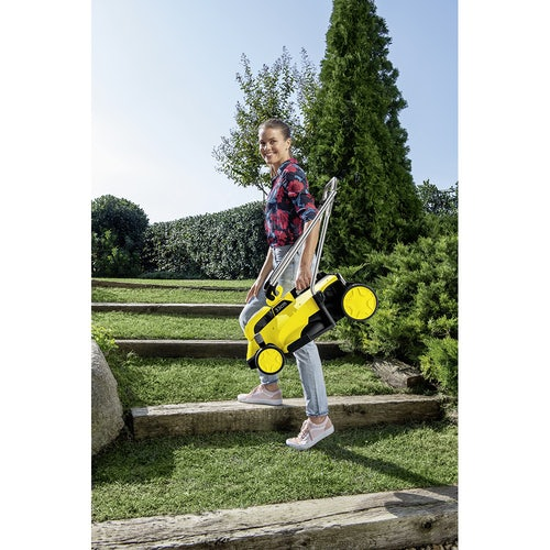 Karcher Battery Powered Lawn Mower 18 33 Machine Only Lifestyle Image 9