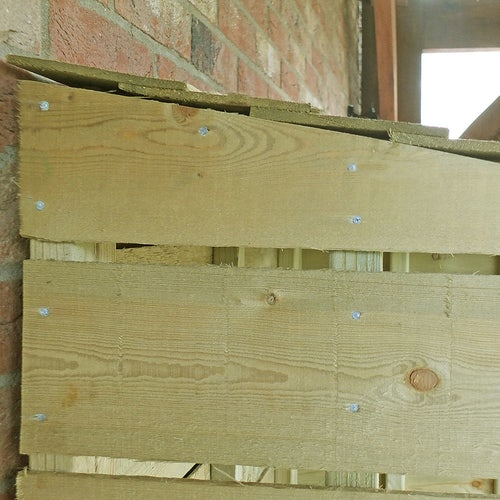 shire tall wall pt sawn log store 3ft 1.5ft 6