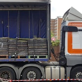 wallbarn m tray green roof pallet site delivery