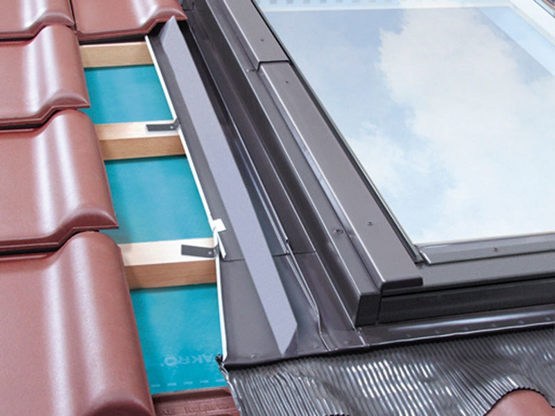 FAKRO B2/3 6 Block Vertical Combination Flashing for Tiled Roof