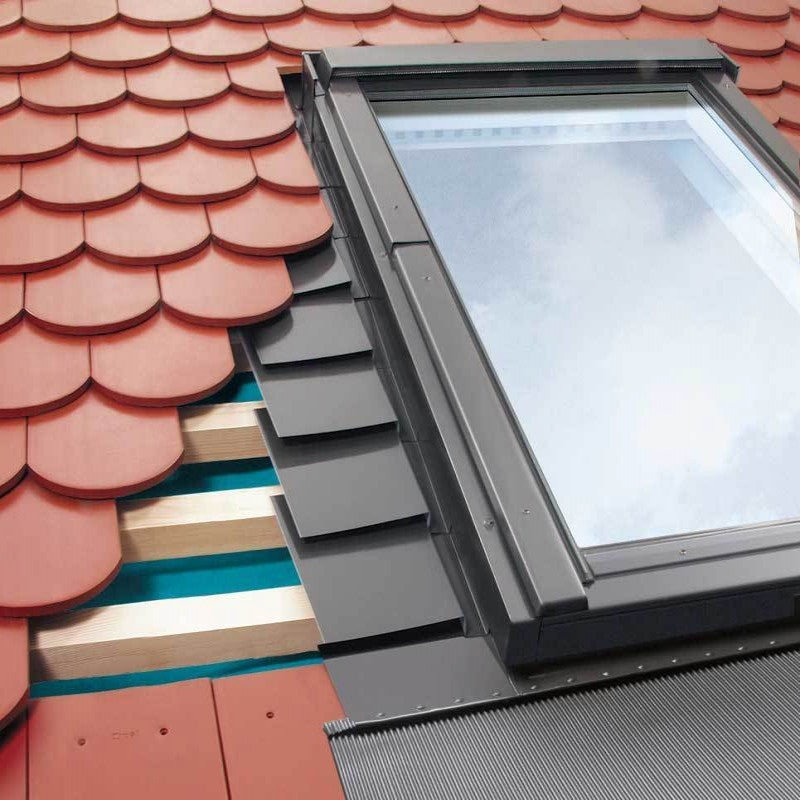 FAKRO EPV-B1/2/02 Vertical Twin Flashing For Up To 16mm Plain Tiles - 55cm x 98cm