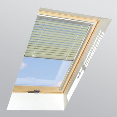FAKRO Venetian Blind AJP in Lime Green