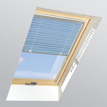 FAKRO Venetian Blind AJP in Sky Blue