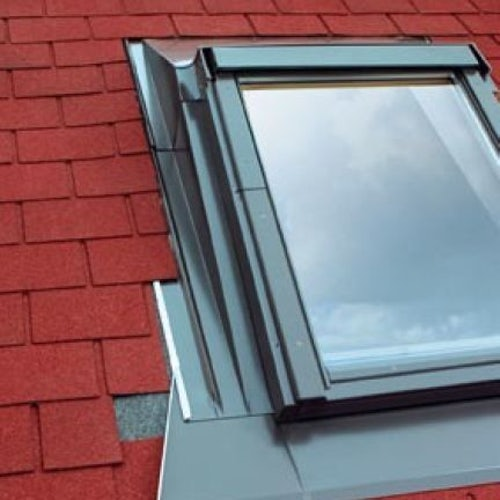 EZA/06 Fakro 78cm x 118cm Flashing For Low Pitched Roofs - 45mm Tiles