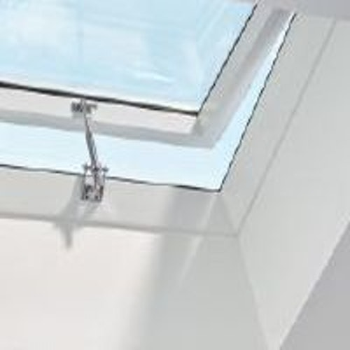 VELUX Flat Roof Window Opaque Manual Dome and Kerb - 600mm x 600mm
