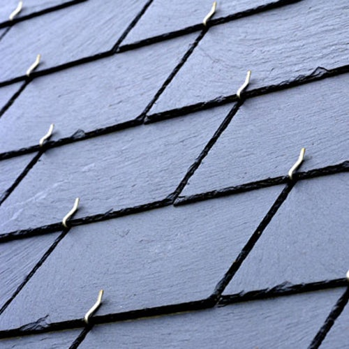 penrhyn-natural-welsh-slate-heather-blue-lifestyle