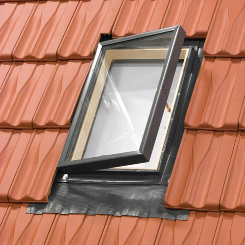 rooflite-fenstro-skylight-roof-window