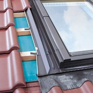 FAKRO EZW-A/C/03 Side Hung Conservation Escape Window Flashing For Up To 45mm Interlocking Tiles - 66cm x 98cm