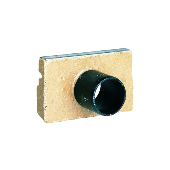 polyconcrete-galvanised-edge-shallow-end-plate-and-outlet