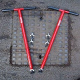 Mustang Tools Mini-Lift XL Manhole Cover Lifter