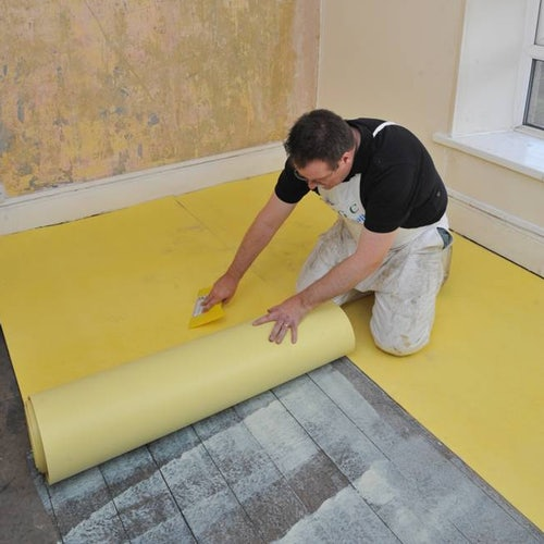 sempafloor-thermal-and-acoustic-insulating-lining-installation