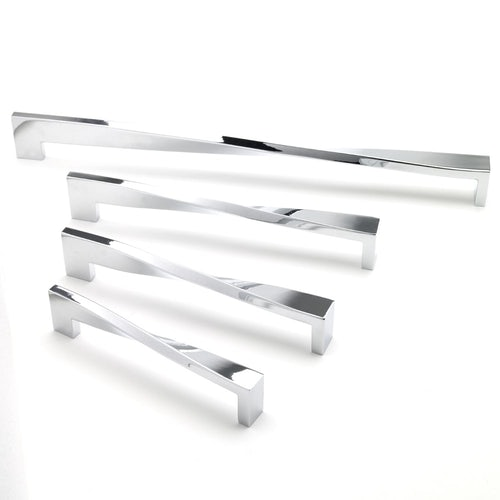 East Coast TWISTED Chrome Cupboard Door Pull Handle (128mm)