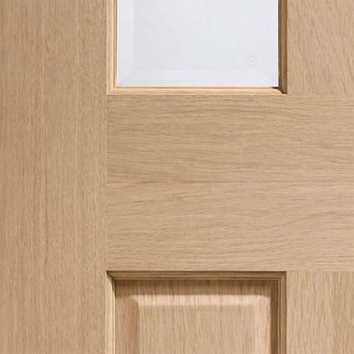xl-joinery-internal-oak-malton-victorian-4-panel-bi-fold-clear-glazed-door-close-up